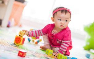 تخفیف-اسباب بازی-ماماناکلاب-باشگاه کودک و مادر-باشگاه مادر و کودک-کودک-نوزاد-کودک و اسباب بازی-اسباب بازی مناسب-اسباب بازی مناسب سنین مختلف-اسباب بازی های  مناسب سنین مختلف کودک